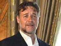 Russell Crowe, Cem Yılmazla yemekte buluştu