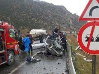 Kongre dönüşü kaza; 1 ölü, 10 yaralı