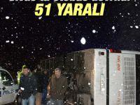 Yolcu otobüsü devrildi: 51 yaralı