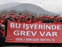 Binlerce metal işçisi grevde