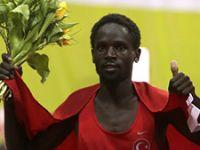 Ali Kaya rekorla altın kazandı