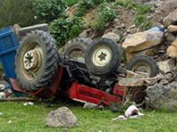 Adana'da traktör faciası: 2 ölü