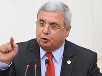Mehmet Metiner Arınç'ı hain ilan etti