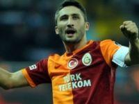 Galatasaray Sabri Sarıoğlu'nun sözleşmesini uzattı