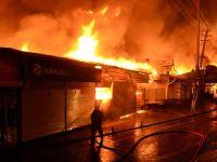 Ankara'da Rus Pazarı yandı: 253 işyeri kül oldu