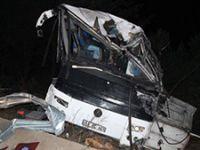 Balıkesir'de göçmenleri taşıyan otobüs takla attı: 8 ölü, 42 yaralı