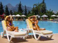 AKP Türkiye'sinde açık havuz artık yasak!