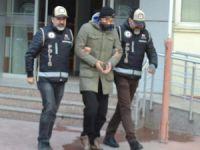 FETÖ'nün 'Salihli imamı' ve eşi tutuklandı
