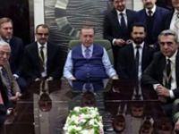 Erdoğan Fransa dönüşü uçakta konuştu: Macron'u anlamak istemedim