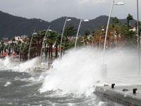 Fırtına deniz ulaşımını etkiliyor