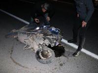 Manisa'da, otomobille çarpışan motosikletteki iki kişi öldü