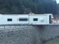 Afyonkarahisar'da yolcu otobüsü devrildi: Ölü ve yaralılar var