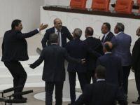 Ahmet Şık'a kürsüde saldırı! İşte AKP'nin engellemek istediği konuşmanın tam metni