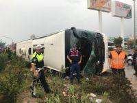 Manisa'da yolcu otobüsü devrildi ölü ve yaralılar var