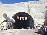 Çerkeş tüneli inşaatına 'ödeneksizlikten' kilit vuruldu