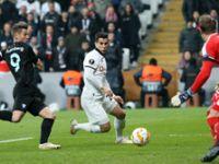 Beşiktaş'ın umudu direklere takıldı