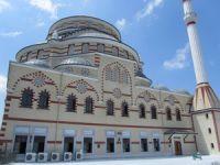 AKP'li belediye vergi borcunu cami satarak ödemek istiyor