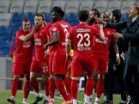 Trabzon'a kupa şoku! Ümraniyespor tarih yazdı
