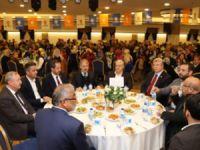 AKP Çankırı'nın 'vefa' gecesine Dinç katılırken, Şahin ve Filiz yoktu