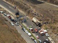 Meksika'da yolcu otobüsü ile TIR çarpıştı: 21 ölü, 30 yaralı