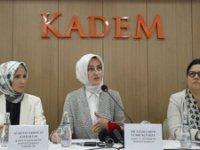 AKP'lilerin hedefindeki Sümeyye Erdoğan kameraların karşısına geçti