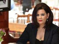 Edebiyatçı Ayşegül Tözeren 'ihbar' üzerine gözaltına alındı