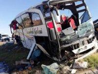 Afyonkarahisar'da yolcu otobüsü devrildi! 1 Ölü 40 yaralı