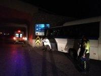 Maden işçilerini taşıyan midibüs kaza yaptı: 26 Yaralı