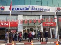 MHP'li Başkan Rafet Vergili, işe geç gelen memur ve işçileri belediyeye almadı!