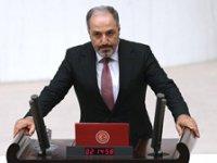 AKP'li Mustafa Yeneroğlu partisinden istifa etti
