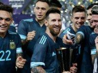 Messi attı Arjantin kazandı