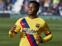 Barcelona'nın genç yıldızı Ansu Fati, Şampiyonlar Ligi'nde tarihe geçti