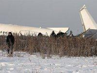 Kazakistan'da yolcu uçağı düştü! Çok sayıda ölü var