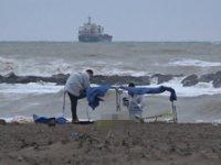 Sakarya'da korkunç olay! Ceset sahile vurdu