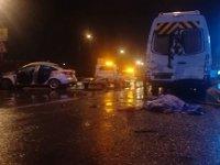İzmir'de takla atan otomobil sürücüsü öldü