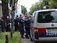 Avrupa'nın ortasında sinagoga kanlı saldırı
